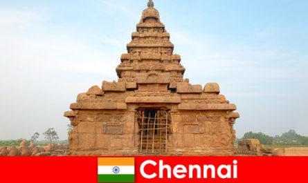 Les étrangers de Chennai adorent les beautés des temples classés au patrimoine mondial de l'UNESCO