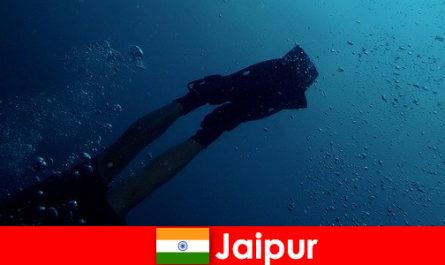 Les sports nautiques à Jaipur sont le meilleur conseil pour les plongeurs