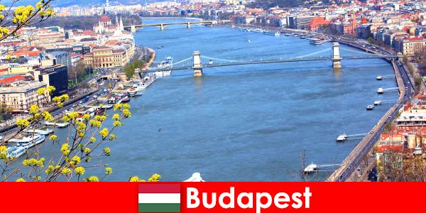Budapest en Hongrie est une astuce de voyage populaire pour des vacances de bain et de bien-être