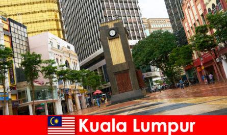 Kuala Lumpur est le centre culturel et économique de la plus grande région métropolitaine de Malaisie