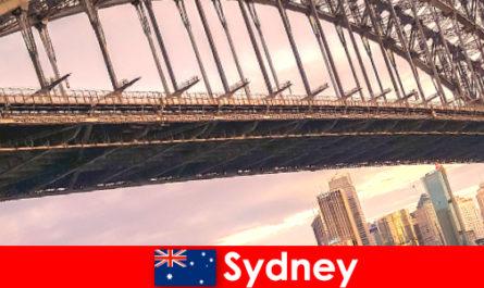 Sydney avec ses ponts est une destination très populaire pour les voyageurs australiens