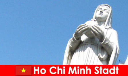 Centre économique du Vietnam Ho Chi Minh Ville une destination pour les étrangers