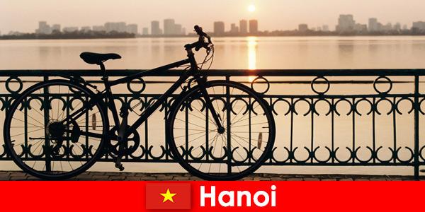 Hanoi au Vietnam Voyage découverte avec sorties aquatiques pour touristes sportifs