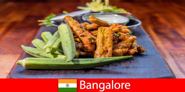 Bangalore en Inde offre aux voyageurs des délices de la cuisine locale et une expérience de shopping