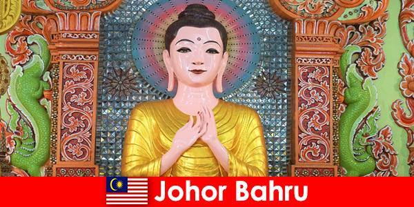 Voyages organisés et excursions culturelles pour les touristes à Johor Bahru en Malaisie
