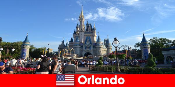 Vacances en famille avec enfants à Disneyland Orlando États-Unis