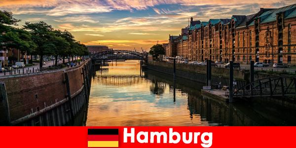 Beauté architecturale et divertissement pour de courts séjours à Hambourg en Allemagne