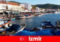 Les voyageurs actifs font la navette entre la ville et la plage à Izmir Turquie